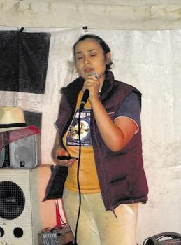 Peace News Summer Camp: Jameela singing in the evening